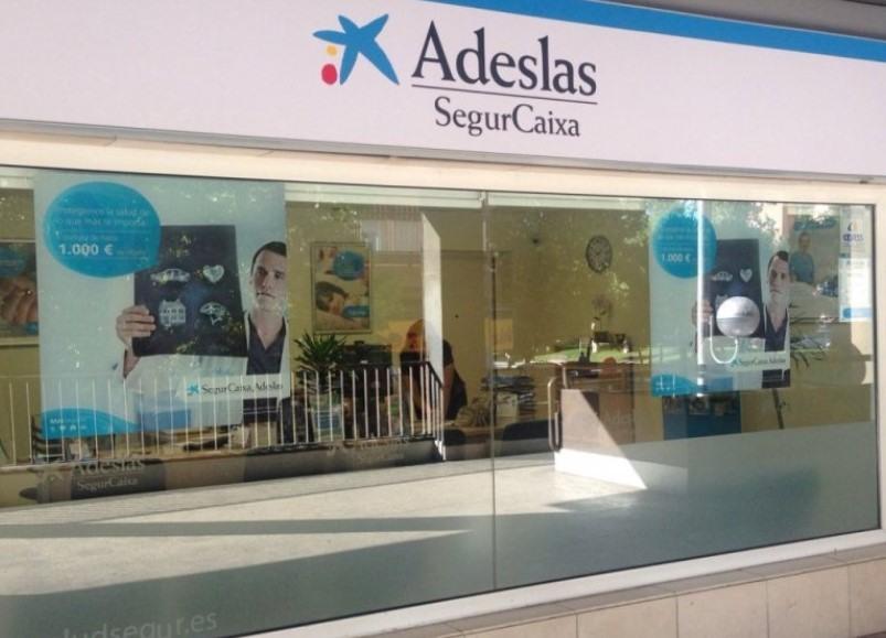 Telefono Gratuito Adeslas Atencion Al Cliente Adeslas 900 301 900